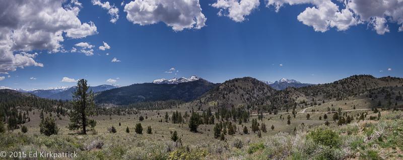 20150503-Monitor Pass Valley Pano